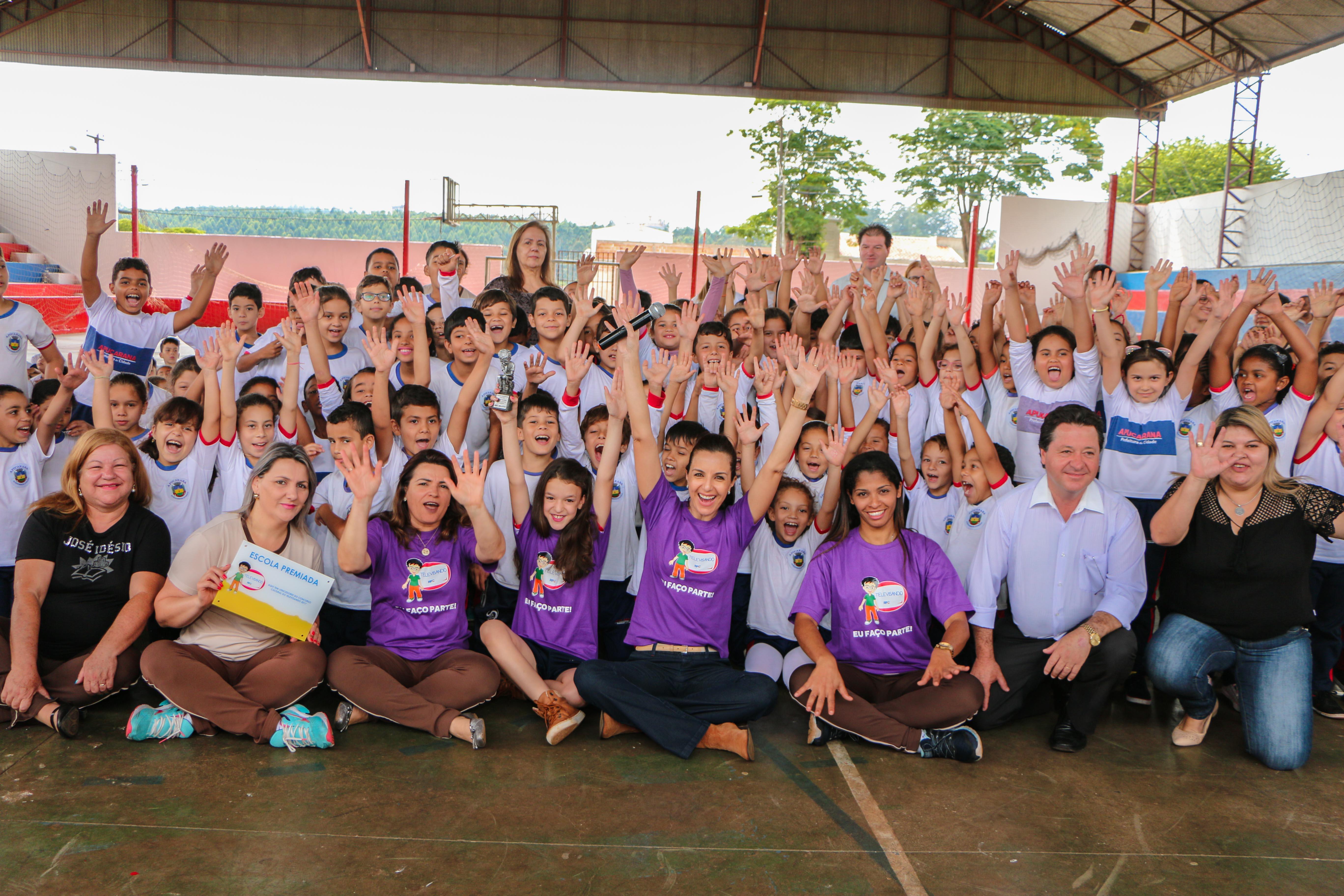 Projeto Televisando o Futuro premia aluna apucaranense