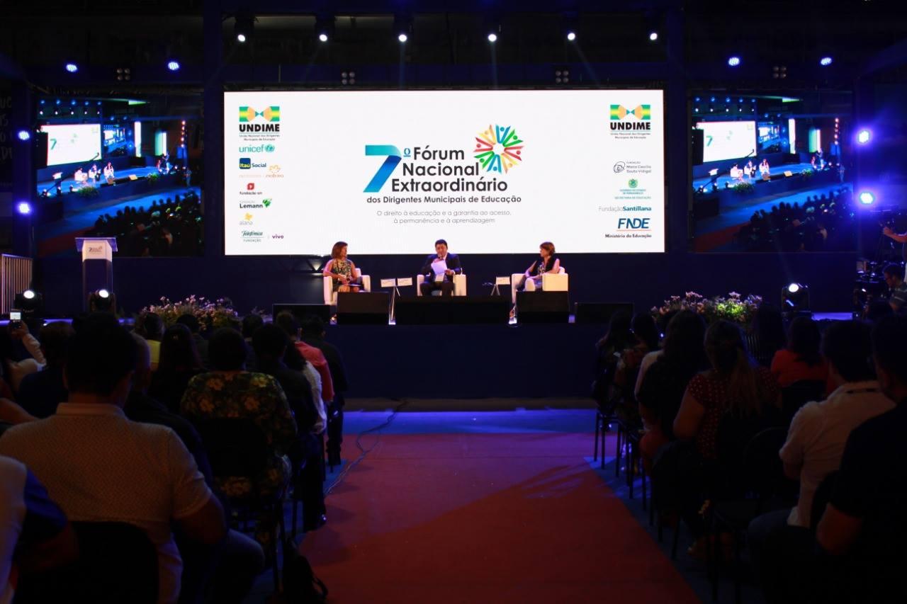 Marli Fernandes participa do 7º Fórum Nacional de Educação