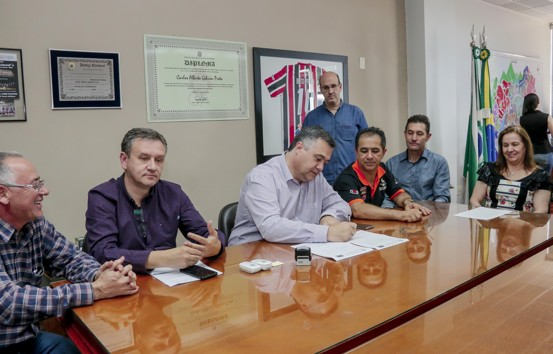 Prefeitura abre licitação para obras na Escola Senador Marcos Freire