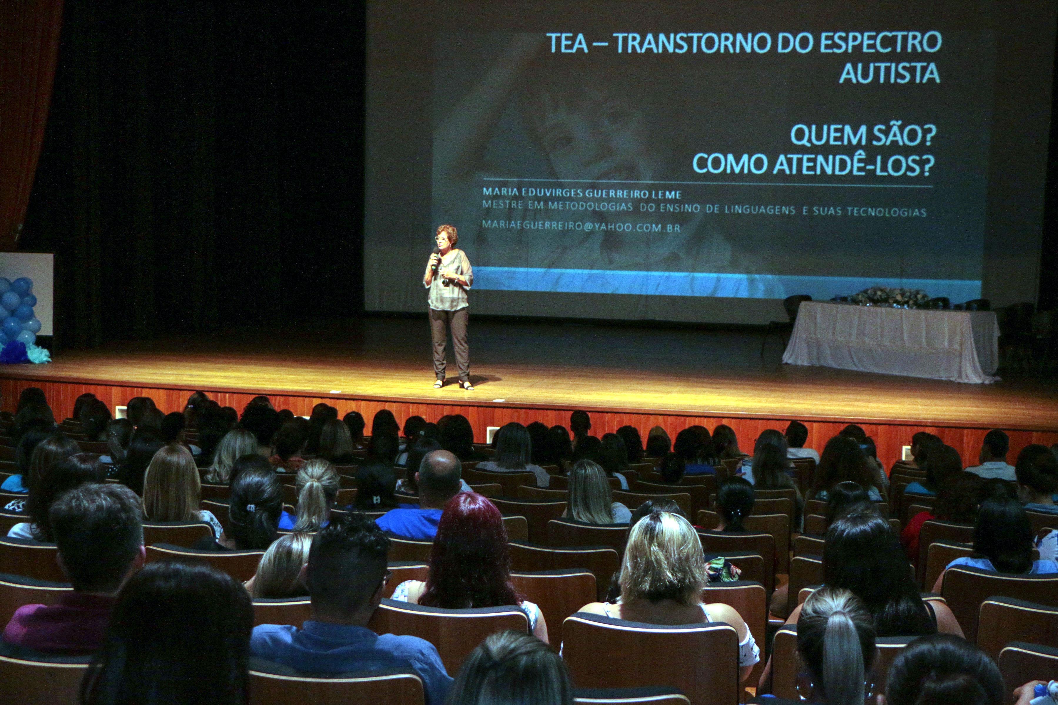 Autarquia de Educação promove momento de conscientização sobre o Autismo