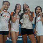 Colégio Polivalente conquista três medalhas de ouro na natação